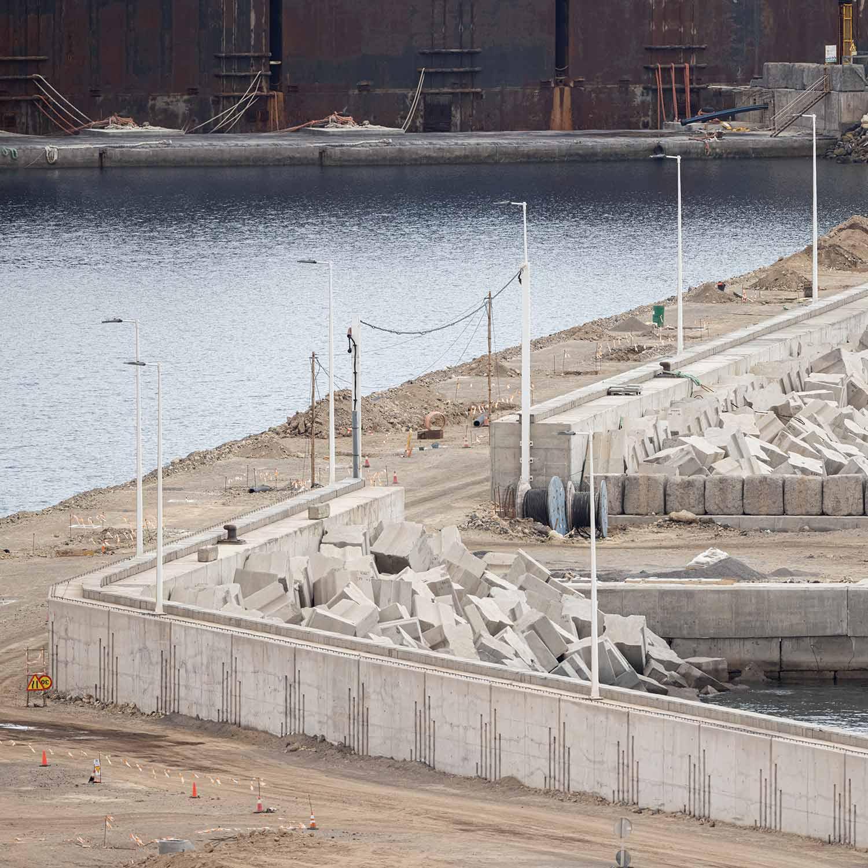 Espaldón y Super Estructura Puerto de Granadilla - Hormigones TAUCE